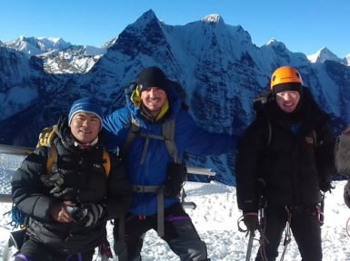 Everest trek with Island peak